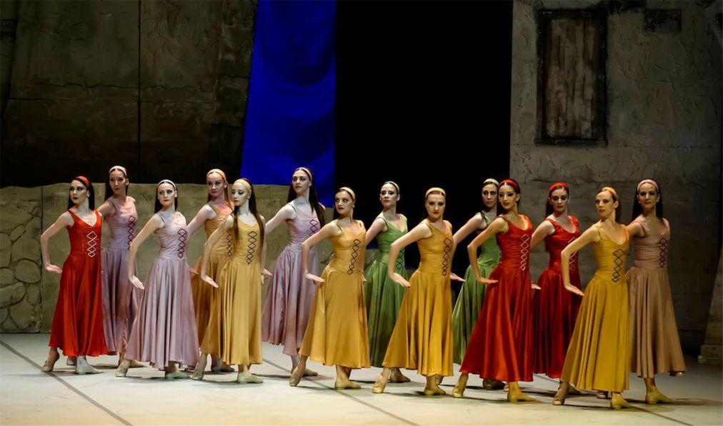 Международный фестиваль оперы и балета в Аспендосе 99cd0f7377d7bc46997997cb367d61cf.jpg