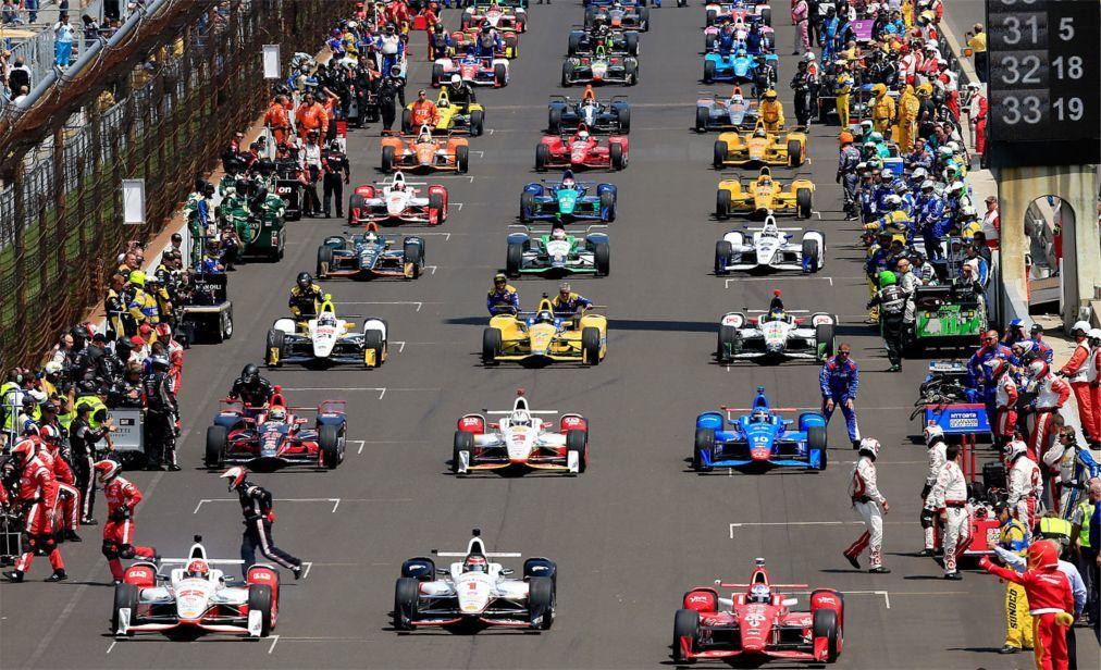 Автомобильная гонка «Indianapolis 500» в Индианаполисе 9aa186fb96e5d19ce955630fcb2f0965.jpg