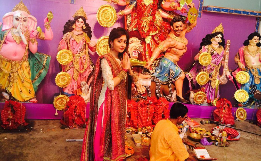 Фестиваль Дурга-Пуджа в Колкате 9b012641a225f594b70e51826935927a.jpg