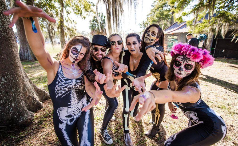 Музыкальный фестиваль Voodoo Experience в Новом Орлеане 9bef920949e1bc781f72241e0e764d6f.jpg