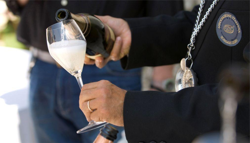 Фестиваль вина Просекко в Тревизо 9dd44a064ecd766a49c014c130707930.jpg