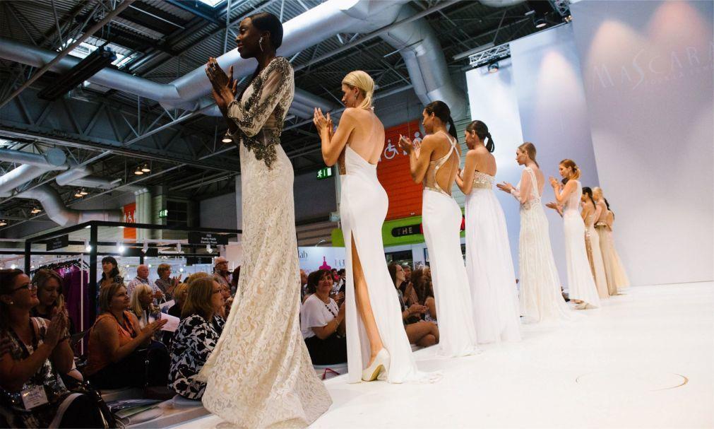 Неделя моды в Милане a3561c8bf55f04b10c2a7aa0ac6c435e.jpg