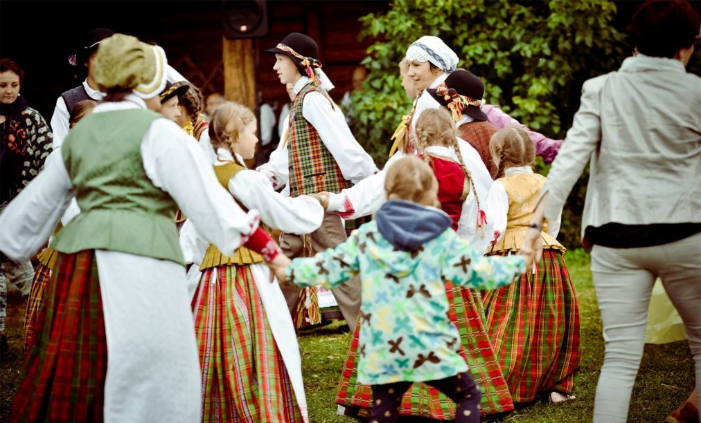 Этно-культурный фестиваль «Menuo Juodaragis» a45b6a5fa043c04db5a3c78ce6fd722f.jpg