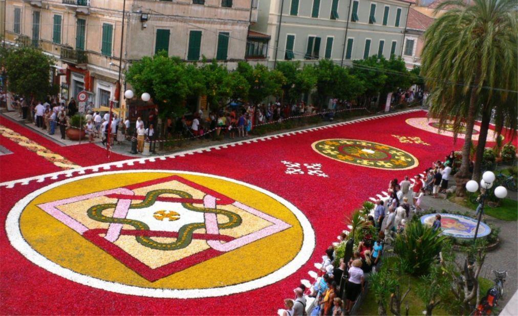 Фестиваль цветов Инфиората в Италии a547e7e294f6026fe1d09e8153b76759.jpg
