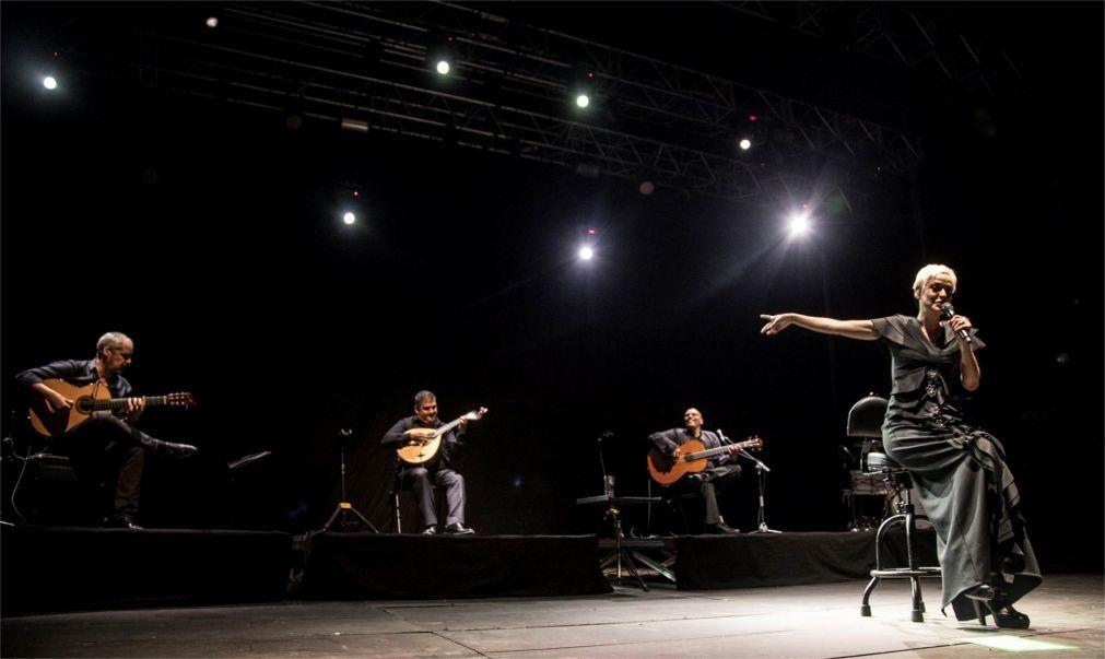 Музыкальный фестиваль Noches del Botanico в Мадриде a7b5411363e2c91312d56eef0ea0ea4d.jpg
