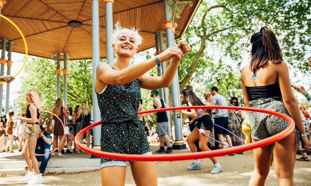 Музыкальный фестиваль Lovebox в Лондоне a9fcca15b204928b663384c48bf0d7bc.jpg