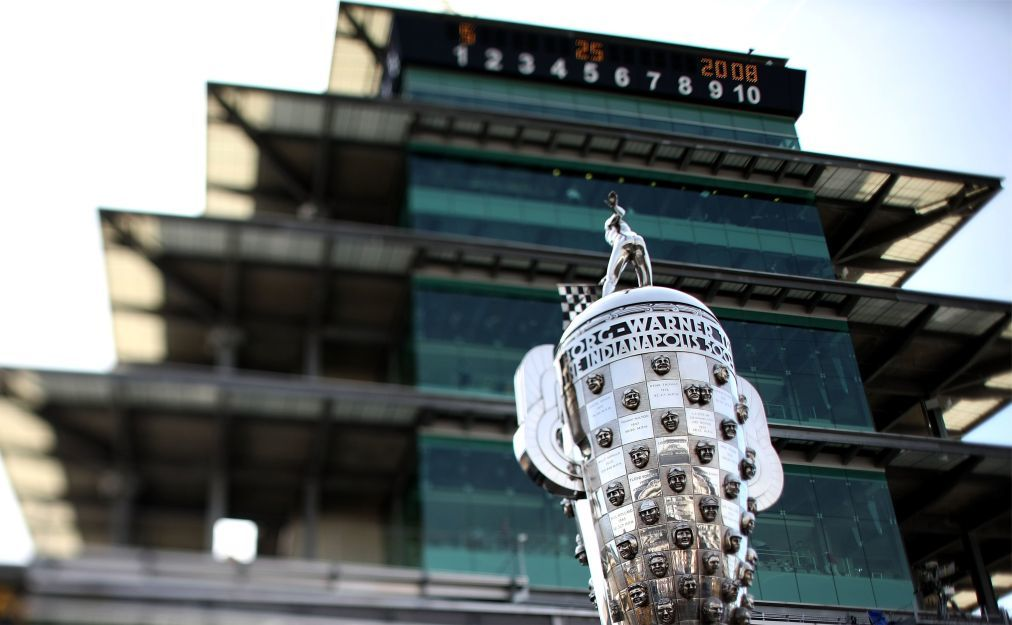 Автомобильная гонка «Indianapolis 500» в Индианаполисе abff8baecd9e854a699e9840fbf42c55.jpg