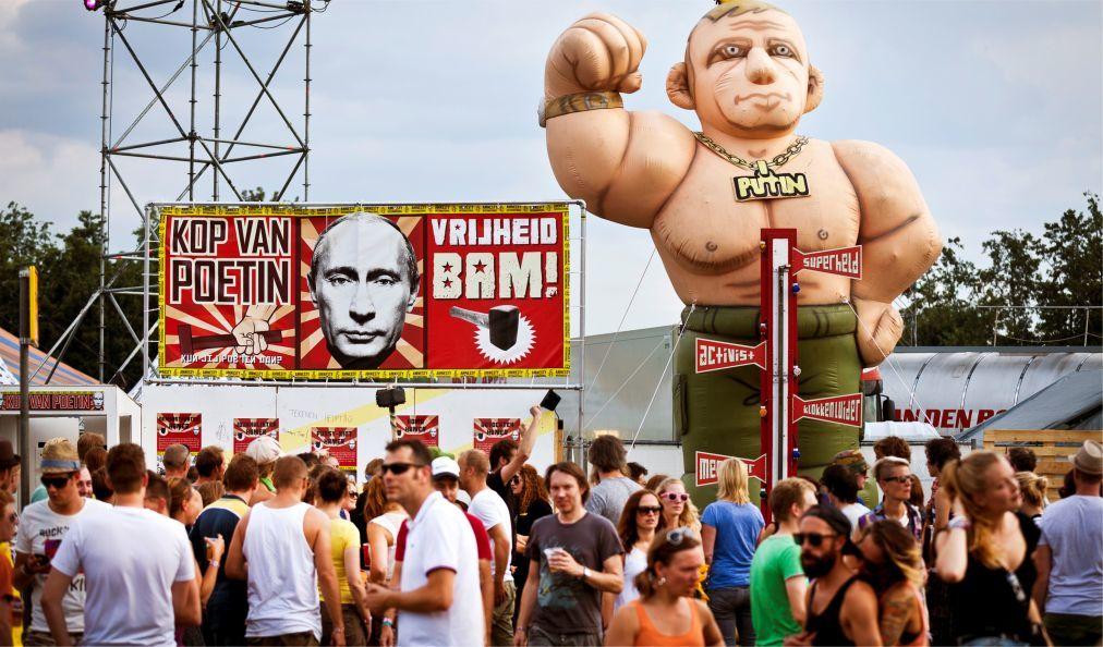 Музыкальный фестиваль «Lowlands» в Биддингхёйзене ac1fa2c48bac730eed9abf51433179ca.jpg