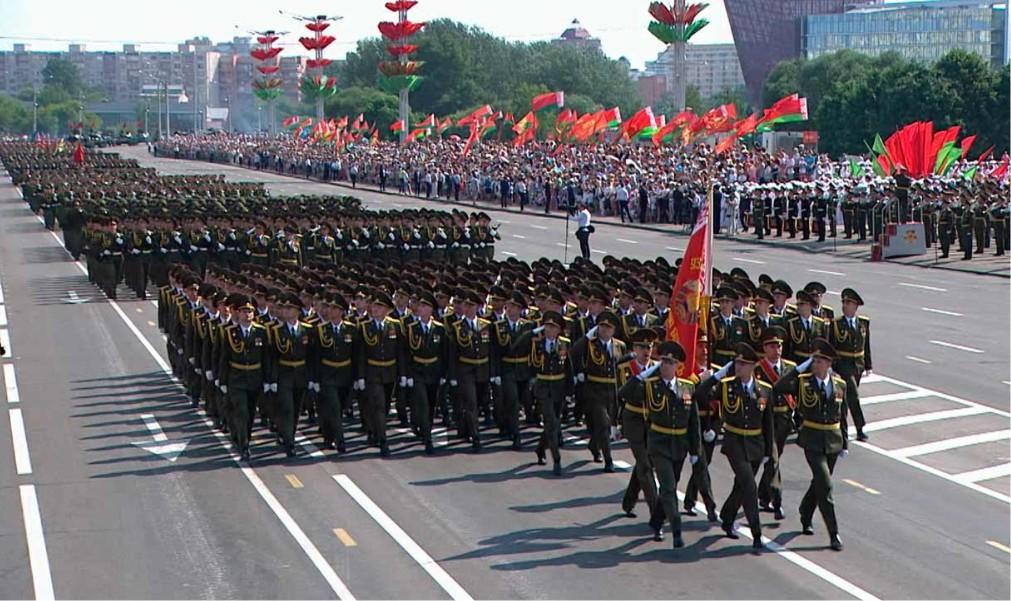 Парад на День Независимости в Минске acf8d23ab8cb3b06d1b6c84244e06076.jpg