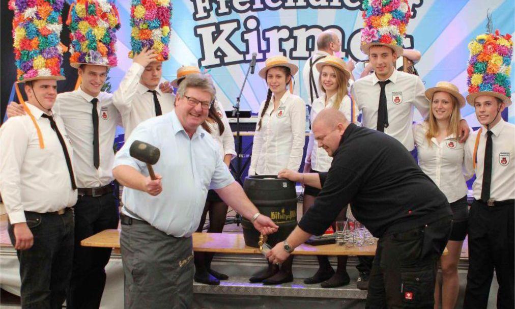 Праздник Кирмес в Германии adb6eff706c19b7f3bd235ffeea152bf.jpg