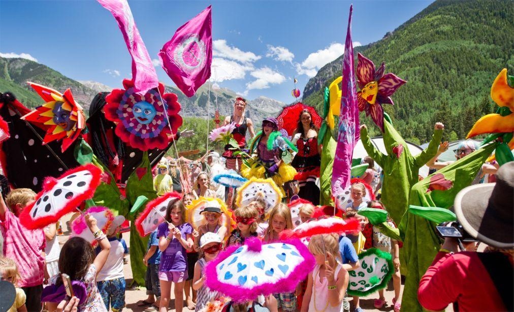 Музыкальный фестиваль Lucidity в Санта-Барбаре af0f9837014e036d9c2cba31d920f1ef.jpg