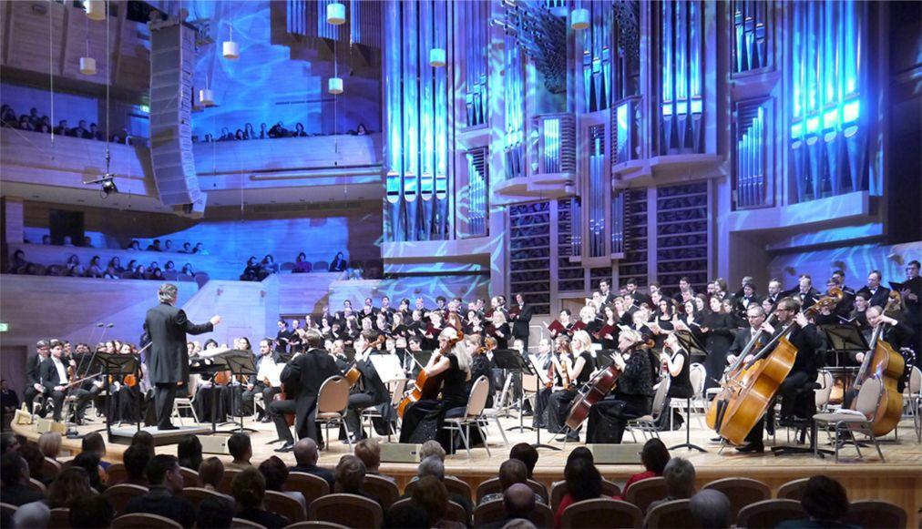 Рождественский фестиваль духовной музыки в Москве b0c27c2407bc93306bace57b3604d664.jpg