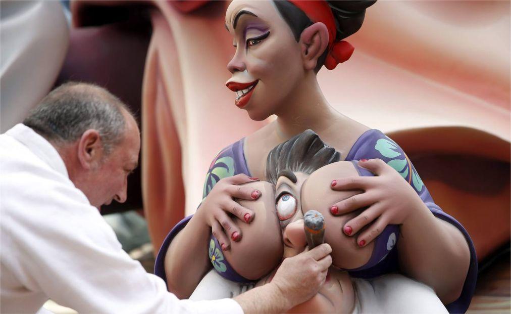 Фестиваль огня Лас Фальяс в Валенсии b4692c678f7f2751554c44be1cb58808.jpg