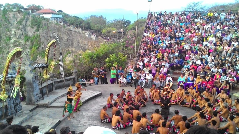 Фестиваль Бали-Ятра в Каттаке b661b60ee012266a37626f2573034282.jpg