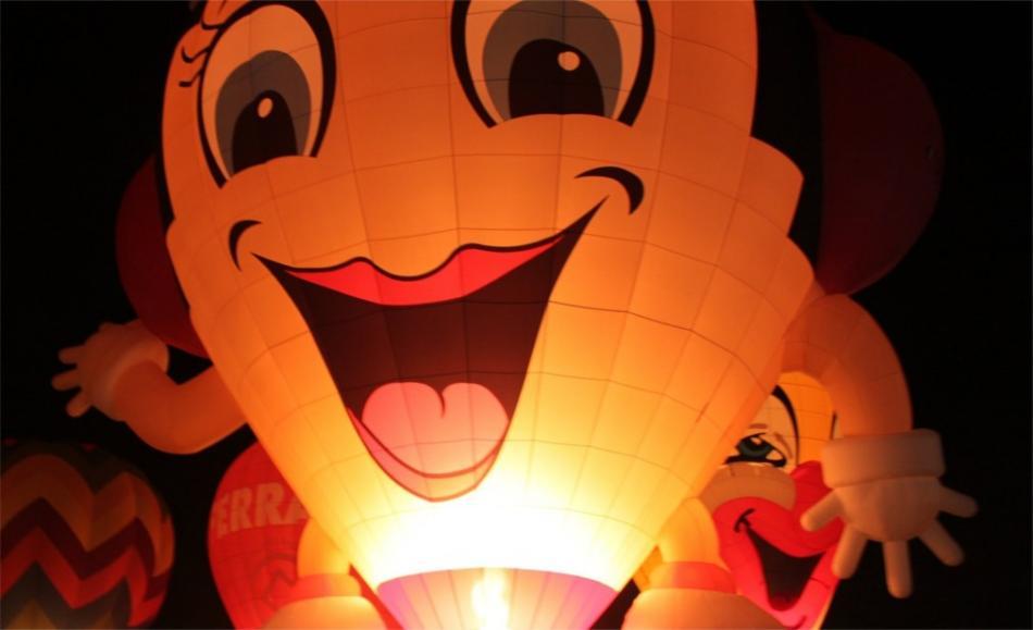 Фестиваль воздушных шаров в Ферраре b6d8a172b5a2b98ddb49b9294007433a.jpg