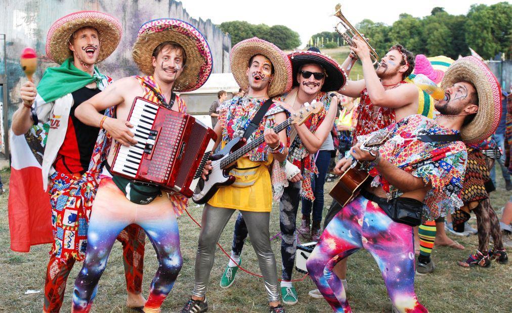 Музыкальный фестиваль BoomTown в Уинчестере b8a16bdedccbc9c3dd6a6062369bcf3b.jpg