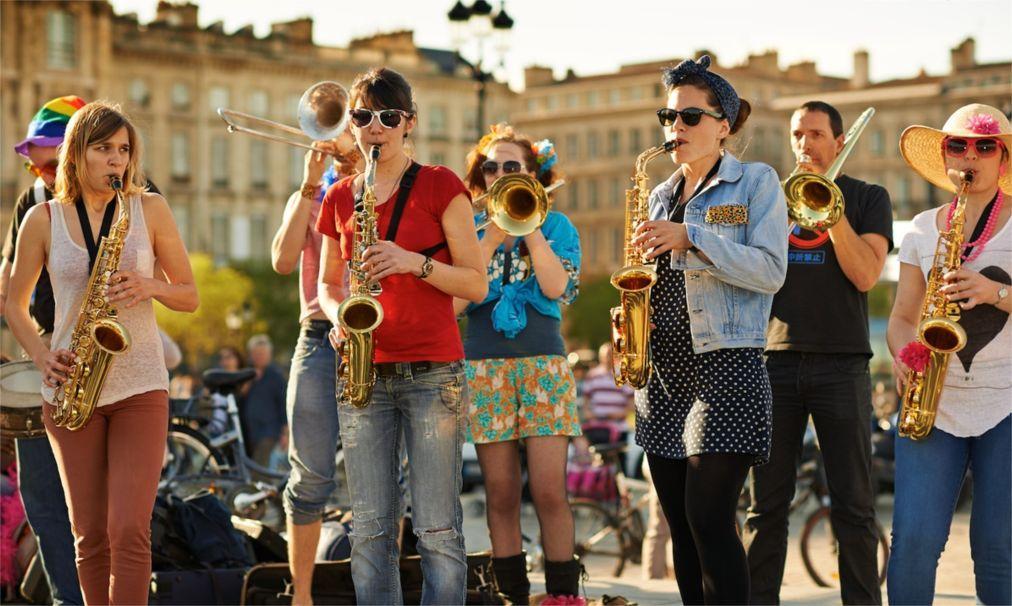 День музыки в Париже b8f58abf6468e143b97455efe584ebc2.jpg