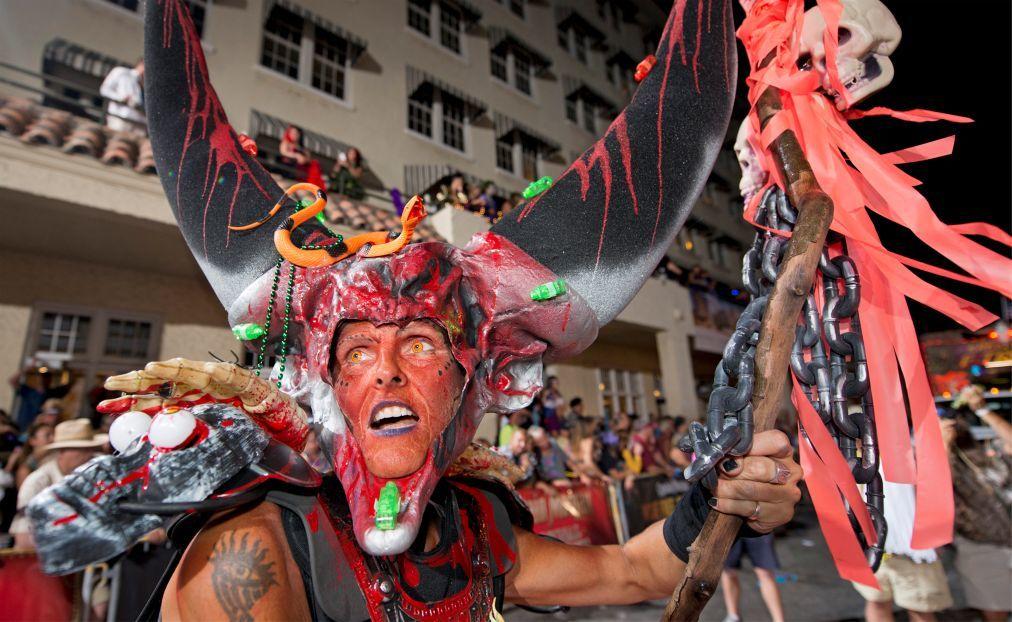 Фестиваль «Фэнтези Фест» в Ки-Уэст bb706db5b6c9e43f095d10f1bf1e4433.jpg