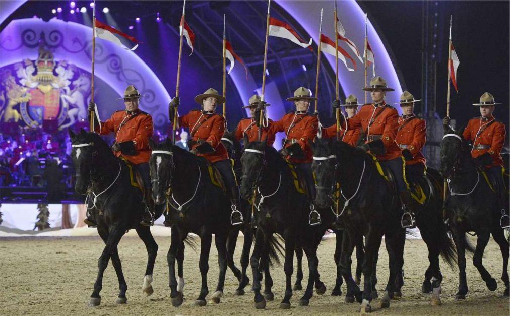 Королевское конное шоу в Винздоре bca90b0dfd6d10639e6c94901c56c67c.jpg