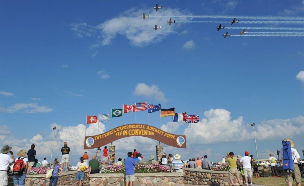 Международное авиашоу AirVenture в Ошкоше be8e596960acd9698f2ec01e38ac4dd1.jpg