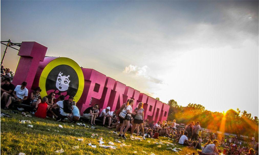Рок-фестиваль Pinkpop в Ландграфе be92072cab4fe194366bd017231dbc47.jpg