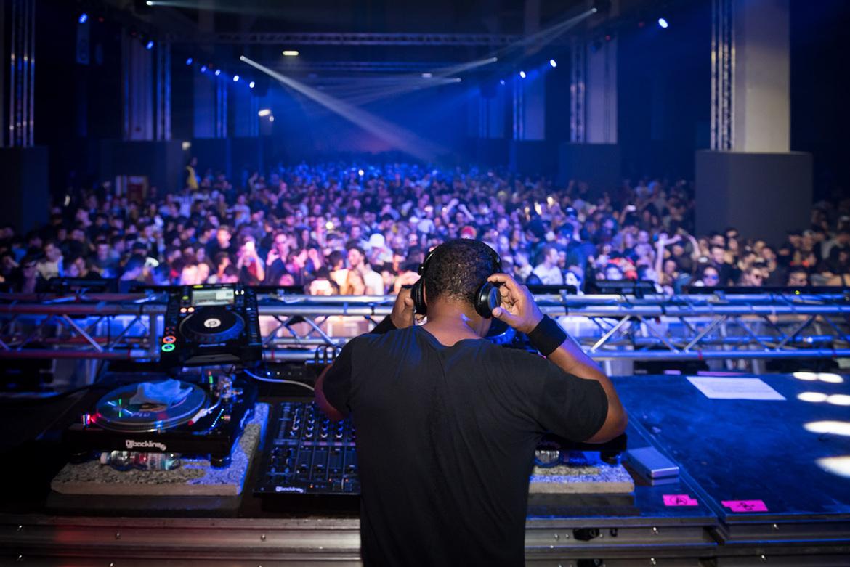 Фестиваль электронной музыки Movement в Турине beb736713ee9302c874e2554f167ab32.jpg