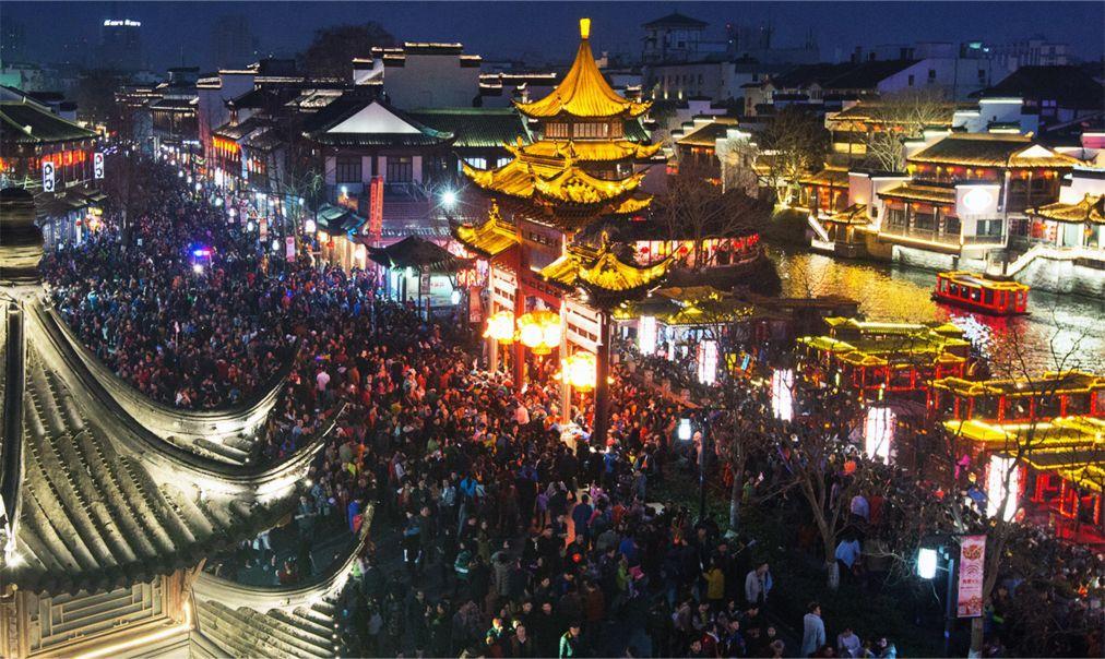 Международный фестиваль фонарей в Нанкине c200724845bfe9e1d63bf61d38179e5f.jpg