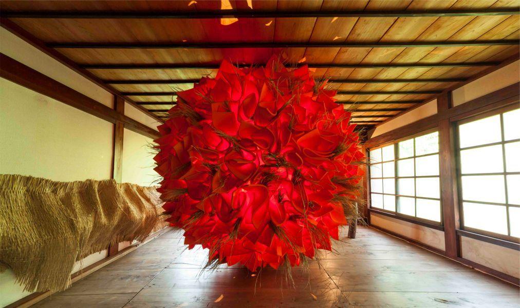 Триеннале современного искусства Echigo-Tsumari в Токамати c5b074eac8694fcee32491f264d997fb.jpg