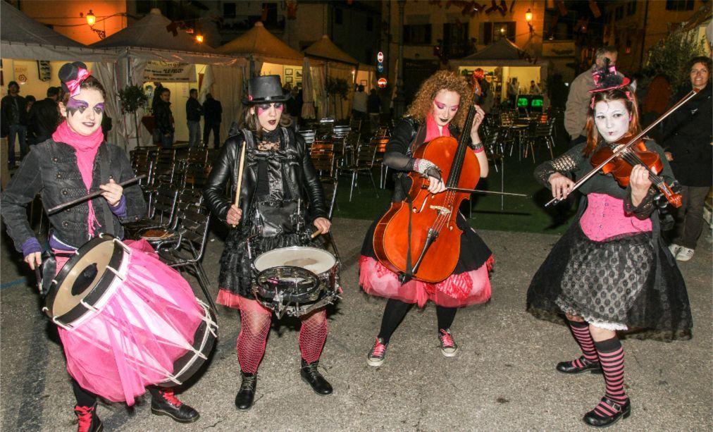 Фестиваль вина Кьянти в Монтеспертоли c70b2cbe8ec97852af9ee888fafc0a1f.jpg