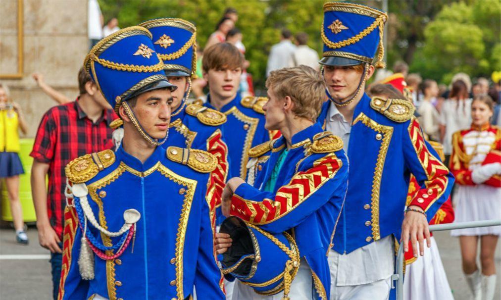 Карнавальное шествие «Карнавалетто» в Сочи ca1a4f33bb6ede7403833b797a83cbdc.jpg