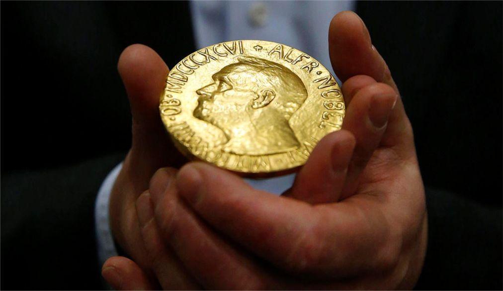 Церемония вручения Нобелевской премии в Стокгольме cefa535295a70d43c79d318d839fa782.jpg