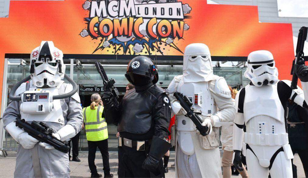 Фестиваль MCM Comic Con в Лондоне cf6207de5592f08214ae631ab6cfa615.jpg
