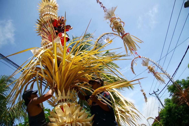 Праздник Галунган на Бали d07e0697340f7ffe3d52c48386a8fc81.jpg