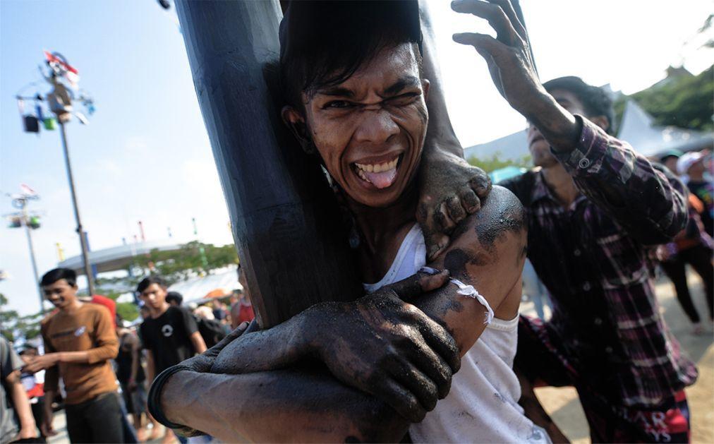 День Независимости в Индонезии d109c40d78ad086876c1ba9b42ea6f10.jpg