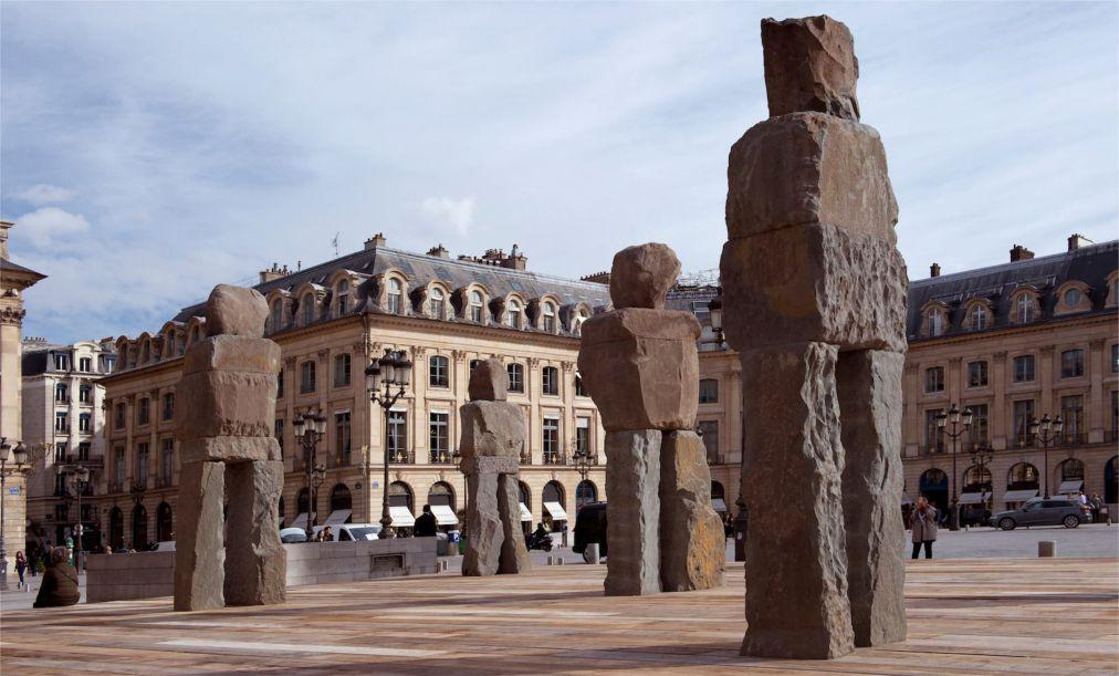 Международная ярмарка современного искусства FIAC в Париже d5cfc67e786fcc0b3ed8d6d9dc67c9d5.jpg