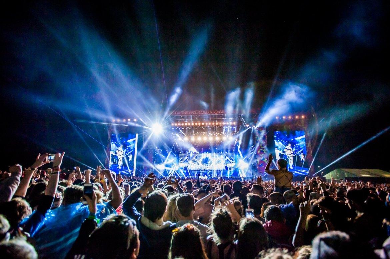 Музыкальный фестиваль Virgin в Англии d631e993b41ea76435ab7471640db1c3.jpg