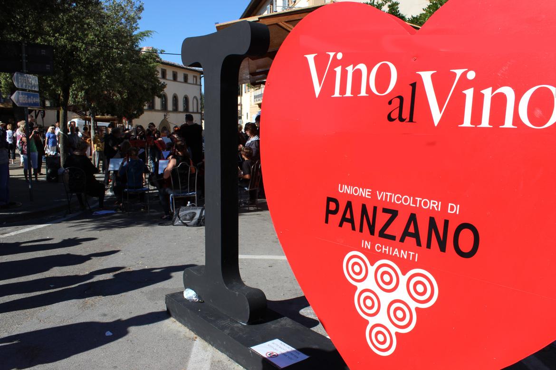 Винный фестиваль «Vino al Vino» в Панцано d966b3b1c4ae31bad47f5b7bd3cf8e99.jpg