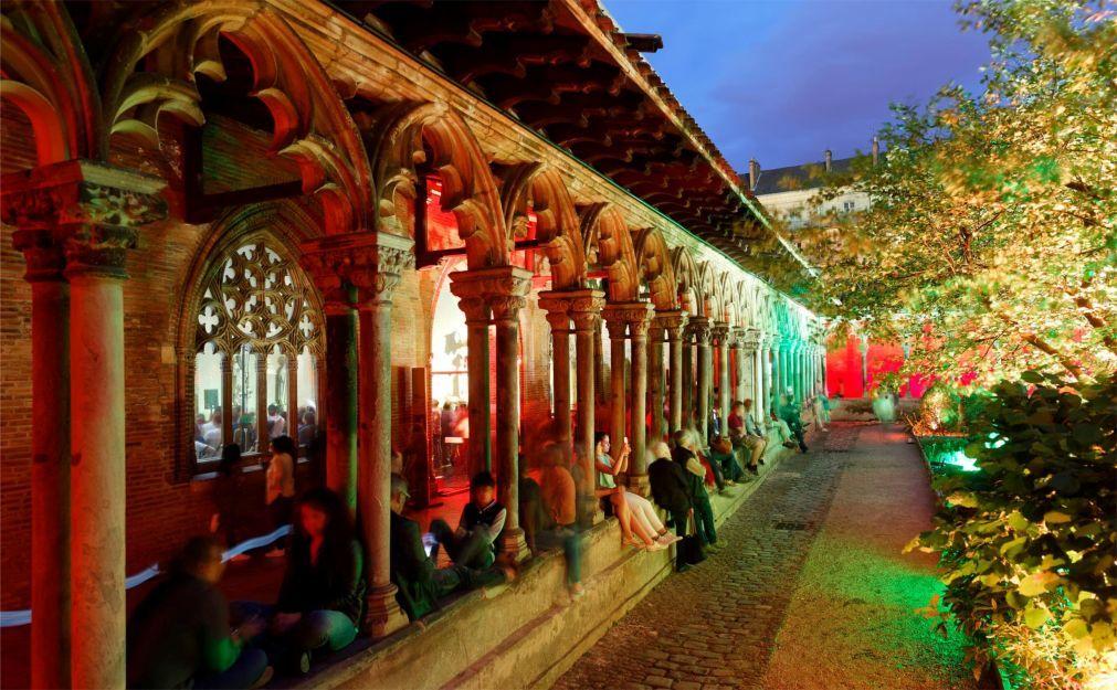 Ночь музеев в Париже dd0ba3376bf0fd312c1dbecaacad2300.jpg