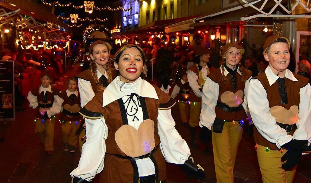 Рождественская ярмарка в Валкенбурге dec964035d64f303c6b9e89482afad67.jpg