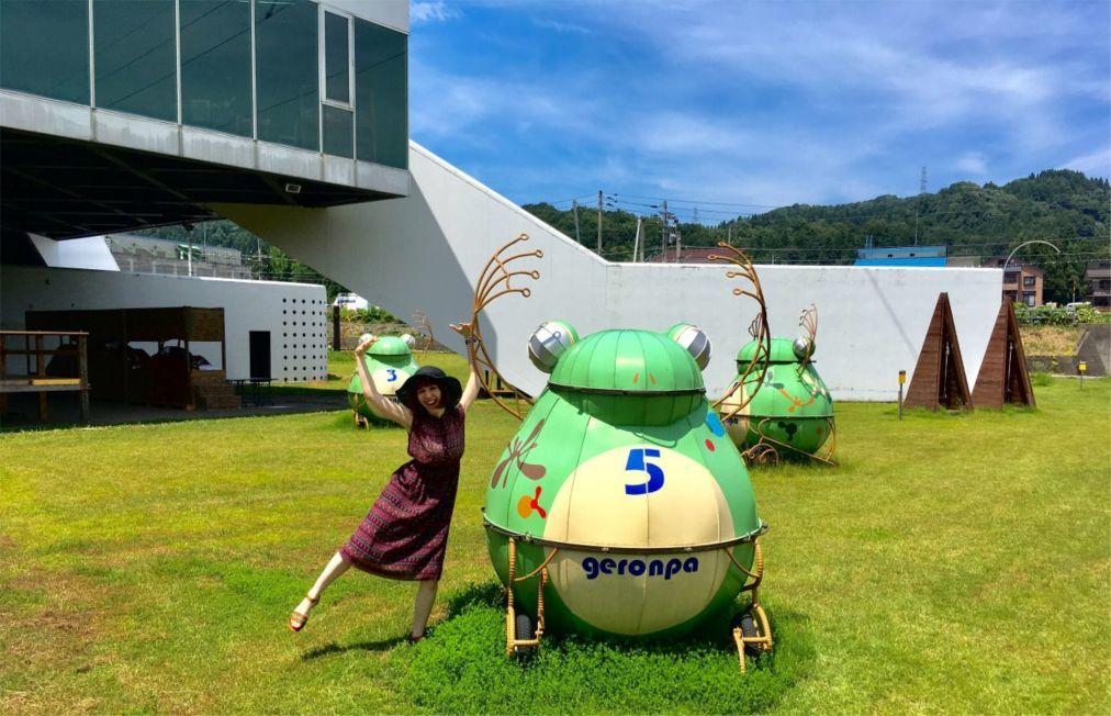 Триеннале современного искусства Echigo-Tsumari в Токамати defea11f65adaafe8a25b7701ae3a841.jpg