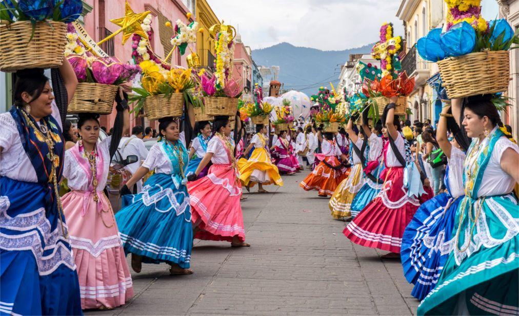 Фестиваль «Синко де Майо» в Мексике df1d804d89d55fef83ae1fee8ff06c7d.jpg