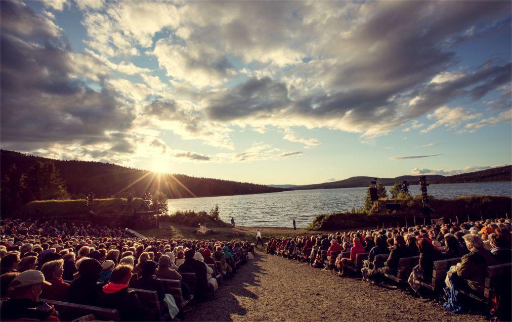 Фестиваль Пера Гюнта в Норвегии df4c0ace18de247b3818171914b555a0.jpg
