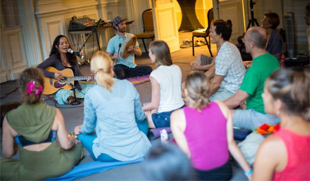 Международный фестиваль йоги в Шамони e1deea19253fd42cda481b2b1739165d.jpg