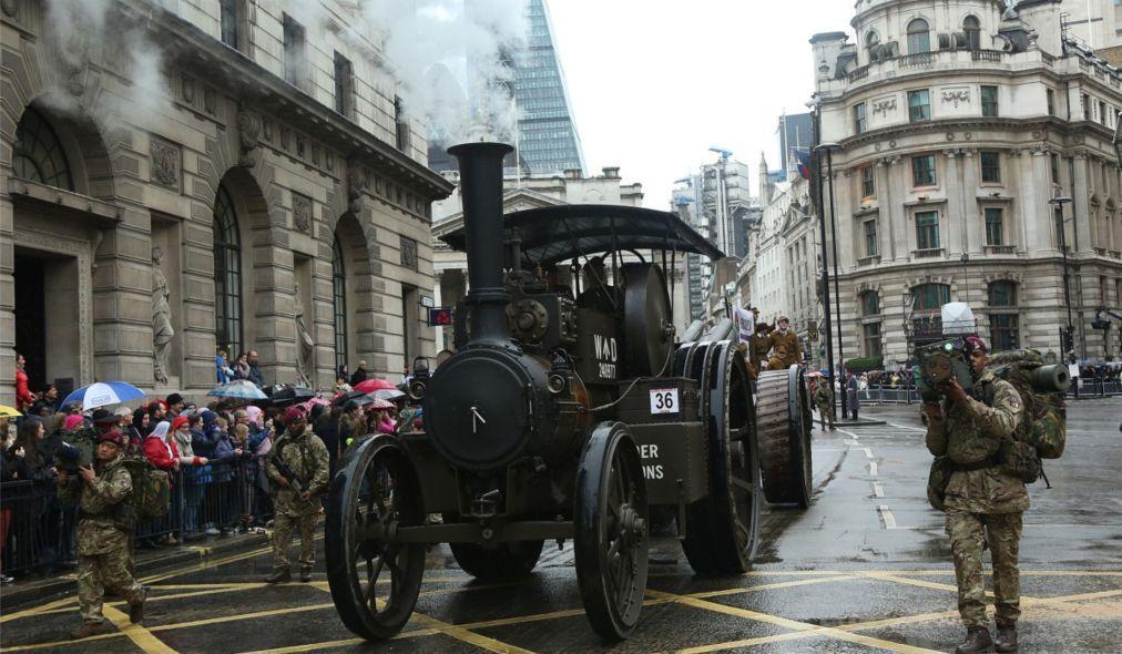 Шоу лорд-мэра Сити в Лондоне e62ba456487601fc9b2f76f04f05b1ce.jpg