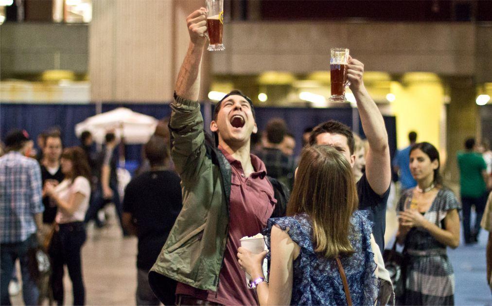 Международный салон пива «Mondial de la Biere» в Монреале e7d753a6b88bd9f72d470fe66a109be3.jpg