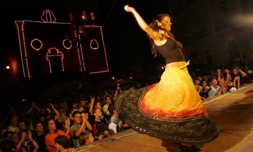 Музыкальный фестиваль «Ночь тарантула» в Саленто e99fc14c80660c71fe46c40970b67eff.jpg