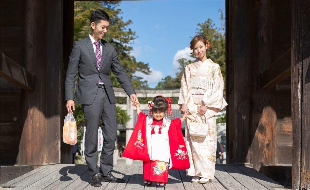 Праздник Сити-го-сан в Японии ea2e11332b19cc85a83d0c24dd35420b.jpg