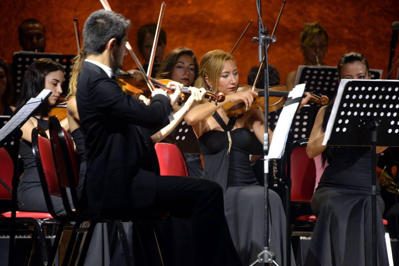 Международный фестиваль классической музыки в Гюмюшлюке ee9ad600be094241e9befc5bd1eaabd0.jpg