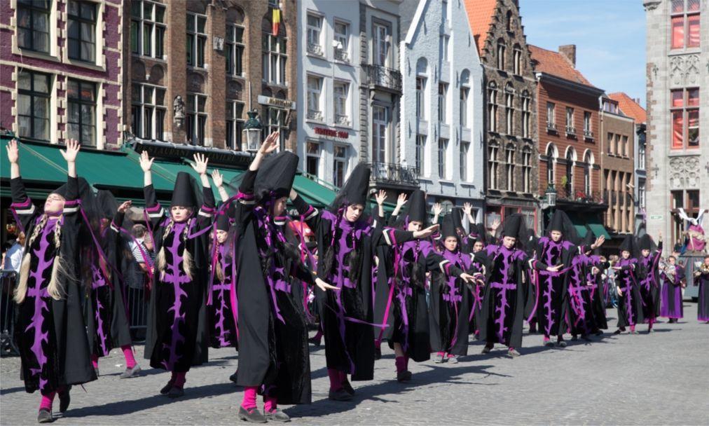 Шествие Святой крови в Брюгге f0d804c2cb4443967e05f59103ddb8a5.jpg