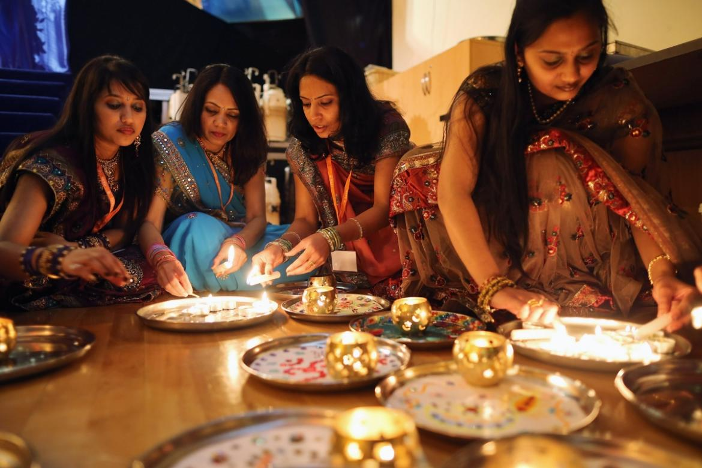 Праздник Дивали в Индии f1074de24efc1af68ea8df6af68f2bbf.jpg